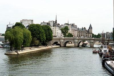 Paris112n.jpg